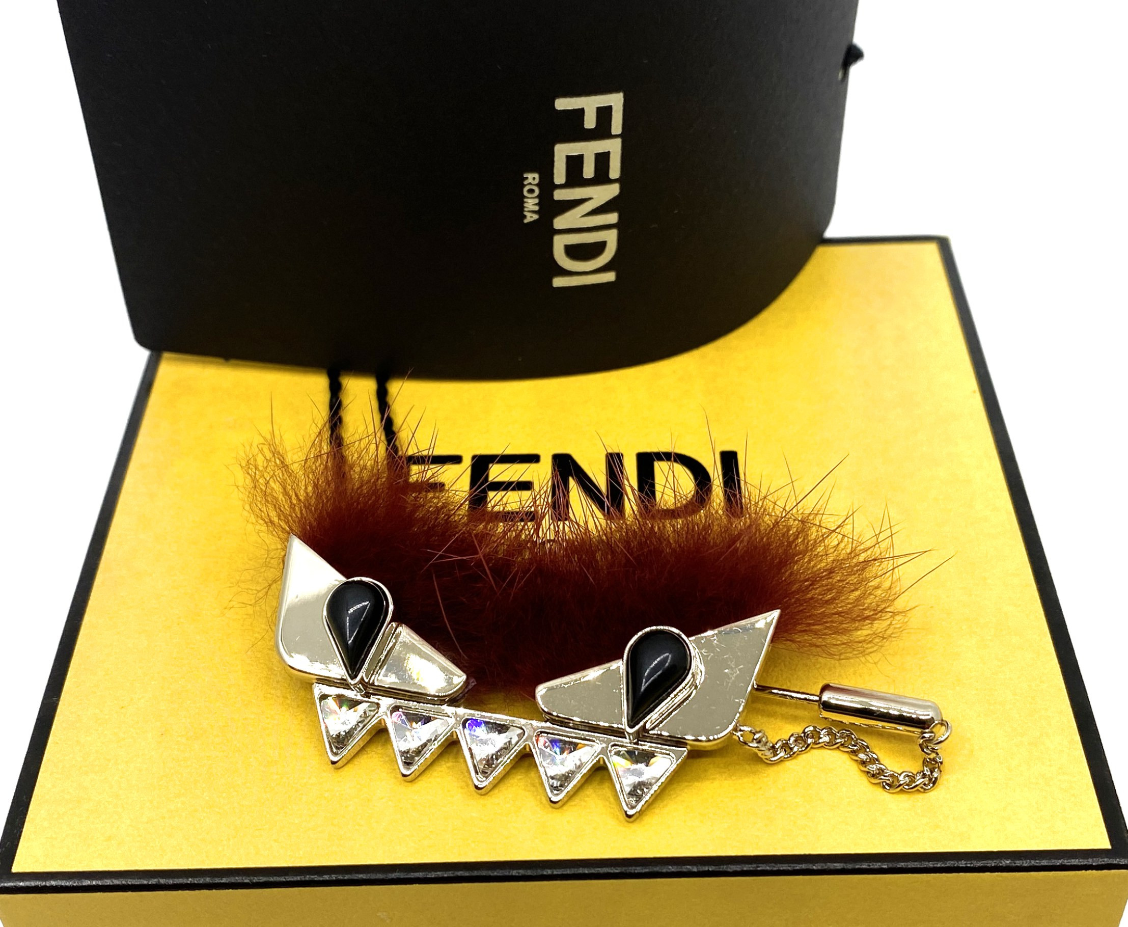 Fendi-MONSTER BROOCH-8AG620